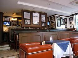 MLB café TOKYO店内2